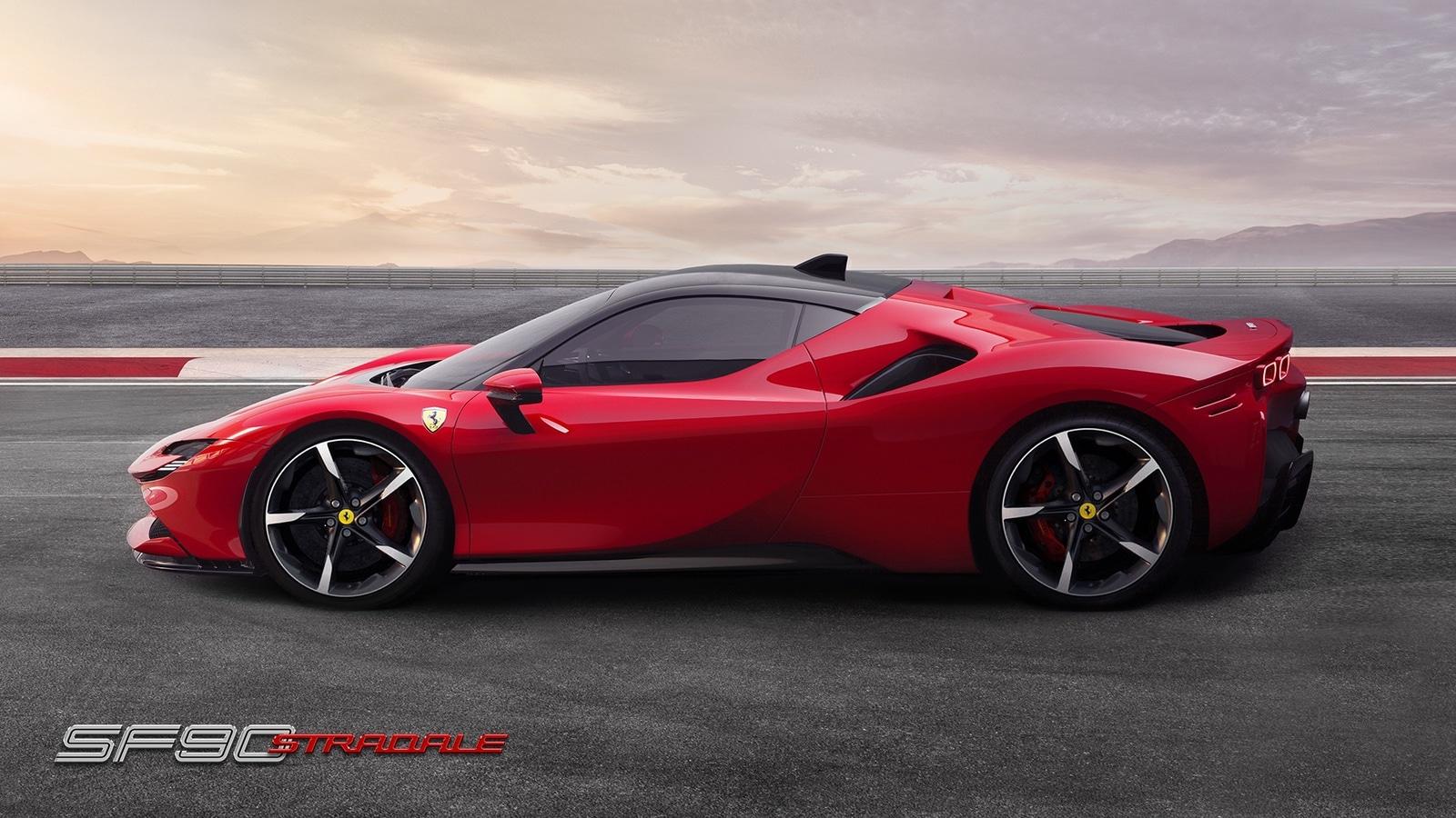 Ferrari SF90 Stradale – 1000 CV Hybrid (0-100 in 2.5 sec) 3