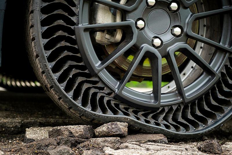 Michelin Gomme Antiforatura: UPTIS, lo Pneumatico senza Aria 1