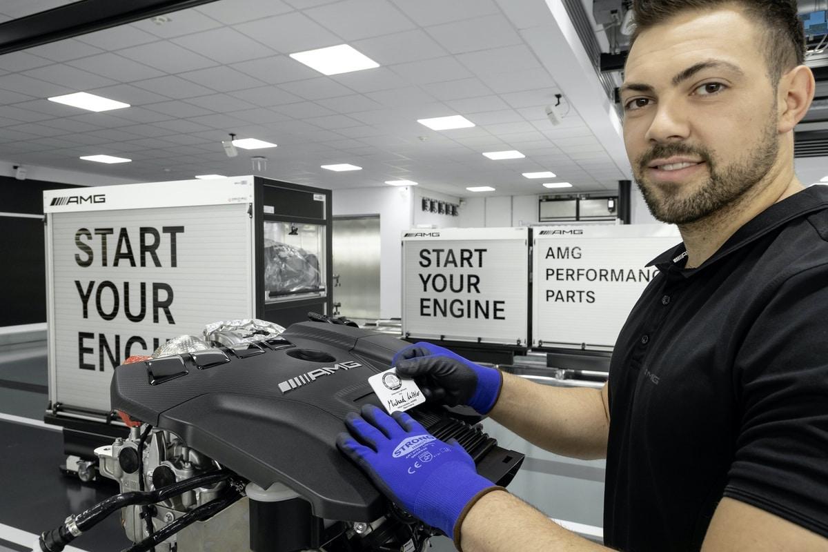Mercedes-AMG: Nuovo motore 2.0 da 421 CV (M 139) 1