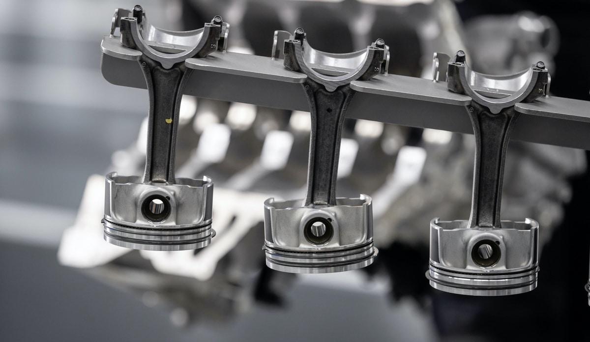Mercedes-AMG: Nuovo motore 2.0 da 421 CV (M 139) 2