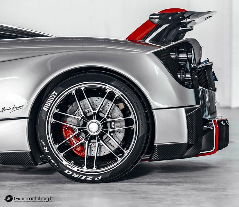 Pirelli P Zero Trofeo R: la gomma pensata per la Pagani Huayra Roadster BC 1