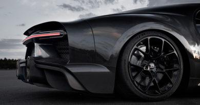 """Michelin e Bugatti Chiron """"Speciale"""": RECORD MONDIALE a oltre 490 Km/h"""