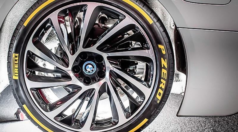 Pirelli P ZERO: Miglior Pneumatico UHP secondo Evo Magazine 1