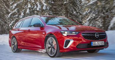 Opel Insignia GSi > Nuova e con Trazione Integrale Avanzata