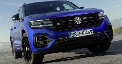 Volkswagen Touareg R: Nuovo ibrido plug-in con 462 CV