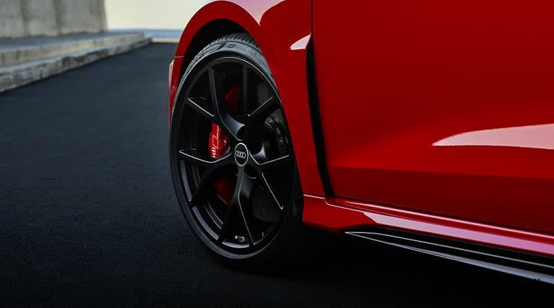 2021 Audi RS3: Pneumatici Pirelli P Zero Trofeo R TM 3