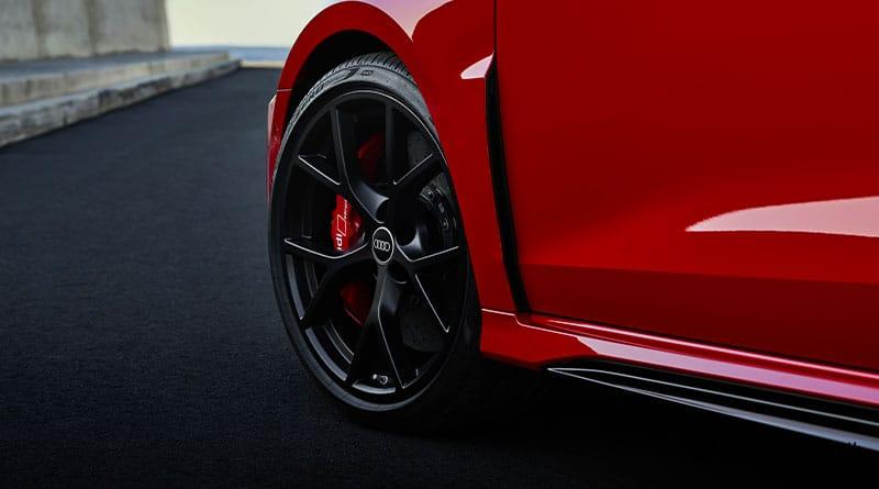 2021 Audi RS3 Pirelli P Zero